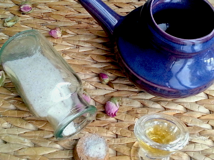 Natural Allergy Relief: Nasal Rinses, Eyewashes & Herbal Steams