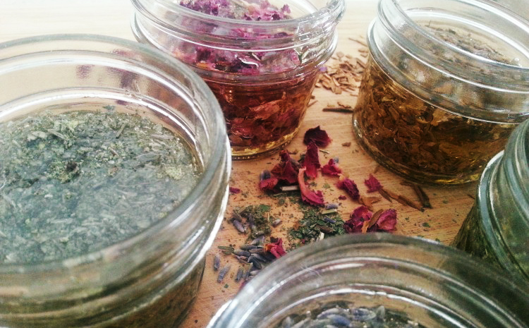 5 Herbal Preparations For Kids: Herbal Honeys